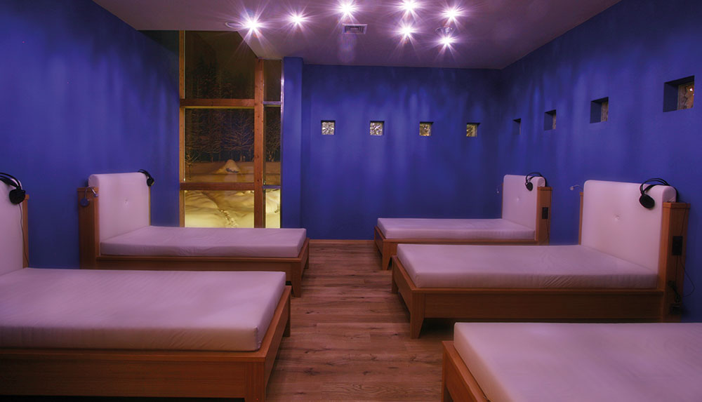 Water bed tranquillity room
