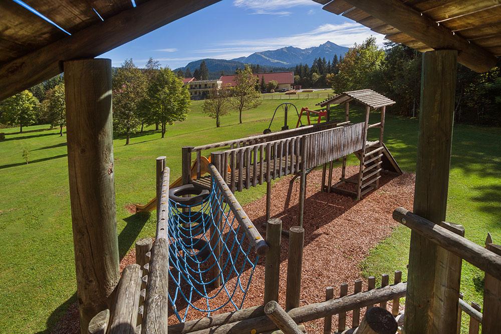 Spielturm Alpenbad Leutasch